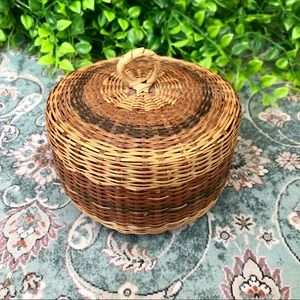 Small Wicker Woven Tri-Colored Bowl with Lid